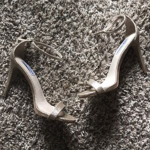 Steve Madden Golden Heels size 8.5
